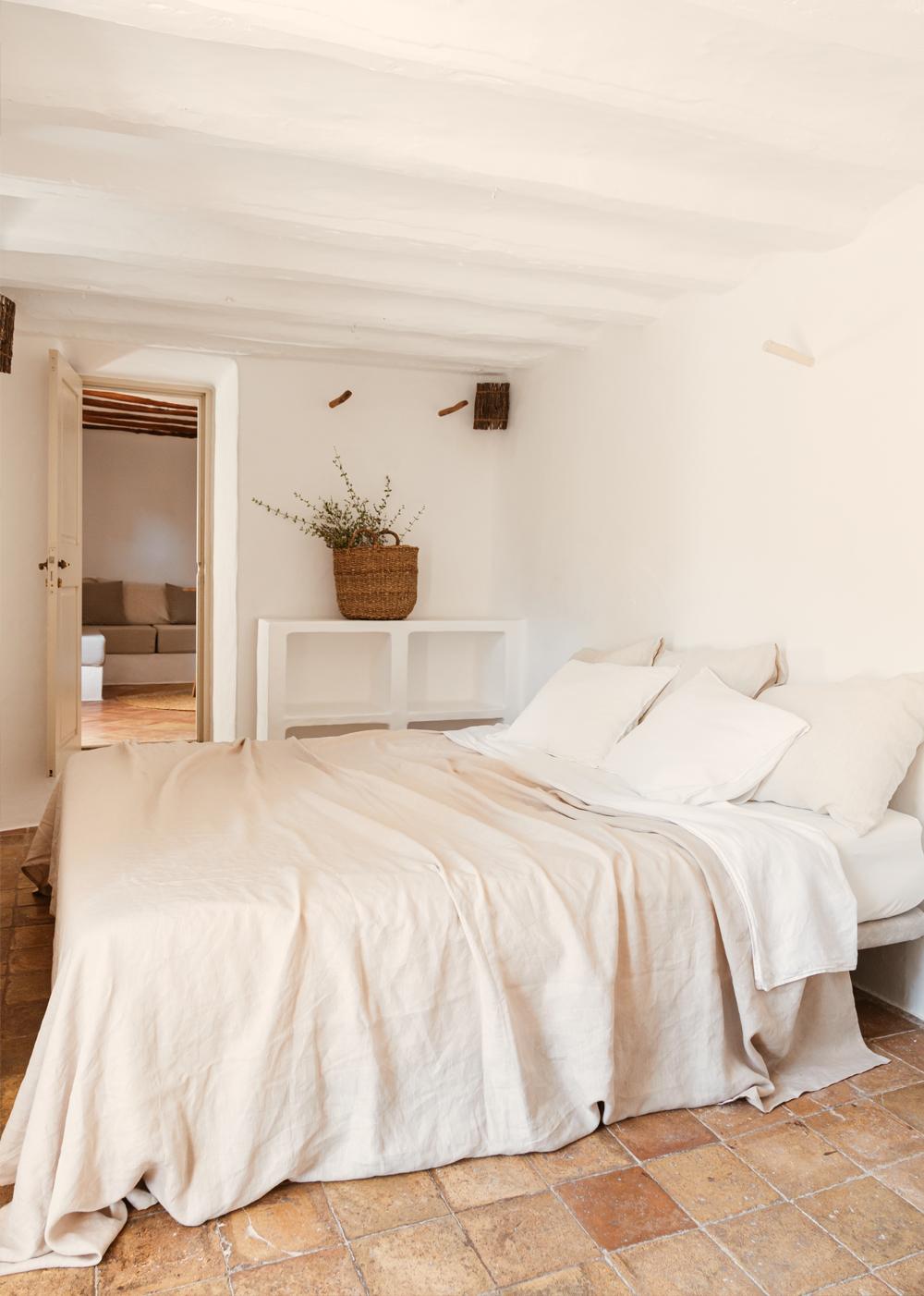 Superior-Suite-Finca-CanMarti-Eco-Agroturismo-Ibiza-5